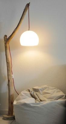 luminaires-lampadaire-liseuse-en-bois-flotte-1579985--dsc0033-alm-0e030_570x0